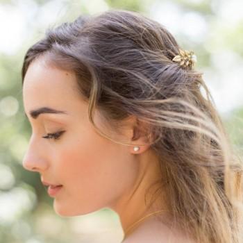 """""""Dalia"""" Clous d'oreilles en argent et perles nacrées"""