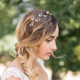 """""""Lila"""" Couronne de mariée bohème avec perles d'eau douce"""