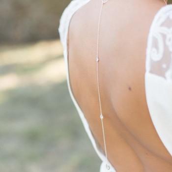 """Calista"" Joli bijou de dos précieux avec intercalaires et pendentif zircon"