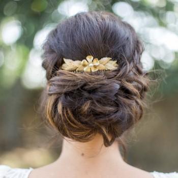 """""""Lolina"""" Peigne de mariée feuillages et jolie fleur dentelée"""