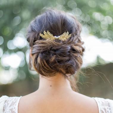 """""""Lisiana"""" Peigne de mariée jolis feuilles et perles d'eau douce"""