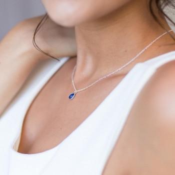 Collier en argent avec pendentif en lapis lazuli