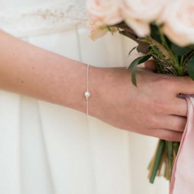 """""""Delfina"""" Bracelet de mariée en argent et perle nacrée"""