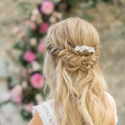 """""""Elisa"""" Peigne de mariée avec jolies fleurs d'hortensia en porcelaine"""