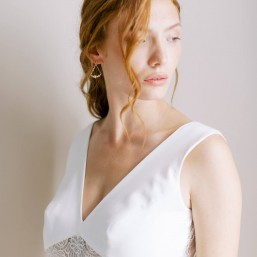 """Aria"" Boucles d'oreilles de mariée précieuses joli intercalaire fleuri"