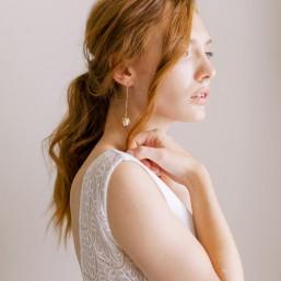 """""""Noa"""" Boucles d'oreilles pendantes avec fleurs de porcelaine"""