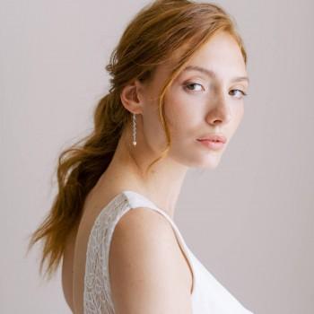 """""""Davina"""" Boucles d'oreilles de mariée avec pendentif épi strassé et perle nacrée"""