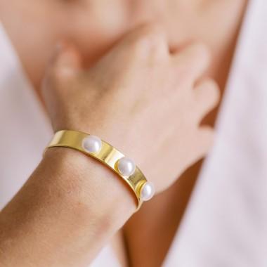 https://www.latelierdesylvie.com/2334-thickbox/eloa-bracelet-avec-cabochons-nacres.jpg