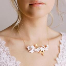 """""""Fiorella"""" Collier de mariée fleurs et feuillages en porcelaine"""