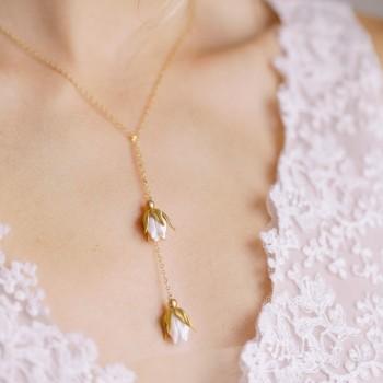 """""""Noa"""" Collier de mariée écharpe jolies fleurs en porcelaine"""