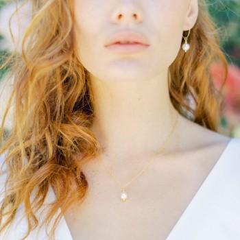 """Navia"" Collier de mariée avec pendentif perle nacrée"