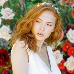 """""""Deana"""" Couronne de mariage délicats branchages et fleurs de porcelaine"""
