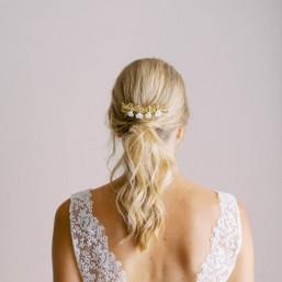 """""""Cleola"""" Peigne de mariée feuillages en laiton et petites fleurs en porcelaine"""