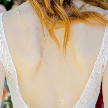 """""""Mona"""" Collier de mariée bijou de dos avec pendentifs goutte et zircons"""