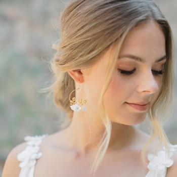 """""""Orlana"""" Boucles d'oreilles mariée jolies fleurs en laiton et porcelaine"""