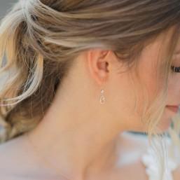 """Olga"" Boucles d'oreilles de mariée pendentif ovale zircon"