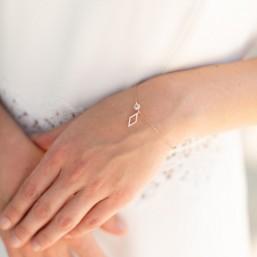"""""""Elia"""" Bracelet de mariée avec intercalaire et pendentif losange"""