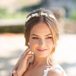 """""""Renata"""" Couronne de mariée avec feuillage en laiton et fleurs de porcelaine"""