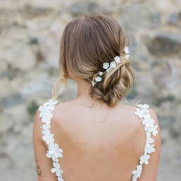 """""""Siena"""" Ornements pour coiffure de mariée fleurs en porcelaine"""