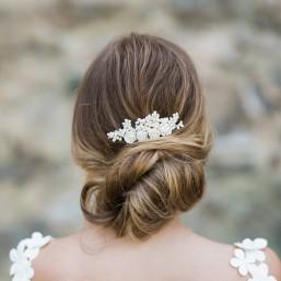 """""""Nala"""" Peigne de mariée avec fleurs de pivoines en porcelaine et branchages séchés"""