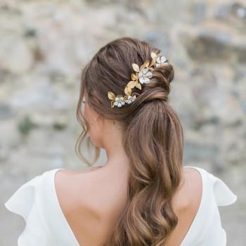 """""""Barbara"""" Pics et peigne pour coiffure de mariée avec feuillages en laiton doré et fleurs émaillées"""