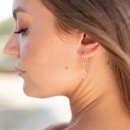 """""""Elia"""" Boucles d'oreilles de mariée avec intercalaire rond et losange sertis de zircons"""